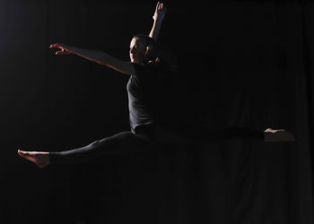 Alumni dancing into action